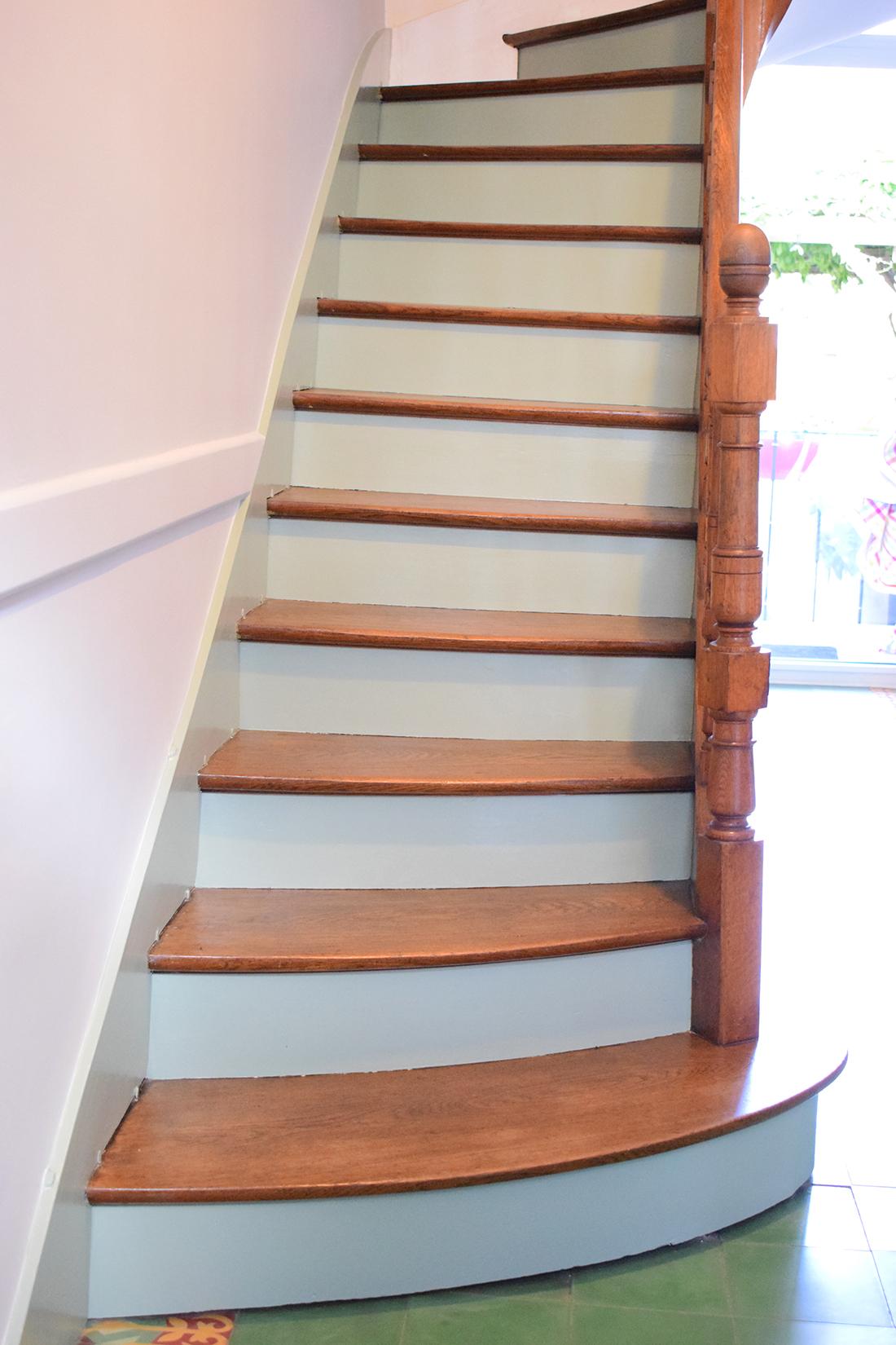 contremarches escalier vert artisan peintre tours